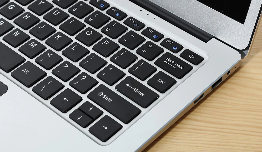 Keyboard and User Experience -Jumper EZbook 3 Pro Review