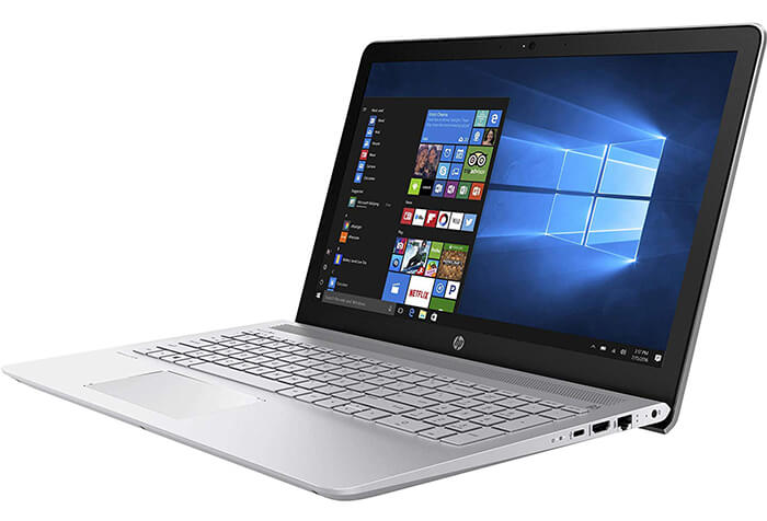 HP Pavilion 15 Review - Best Laptop for Gaming under 600 bucks!